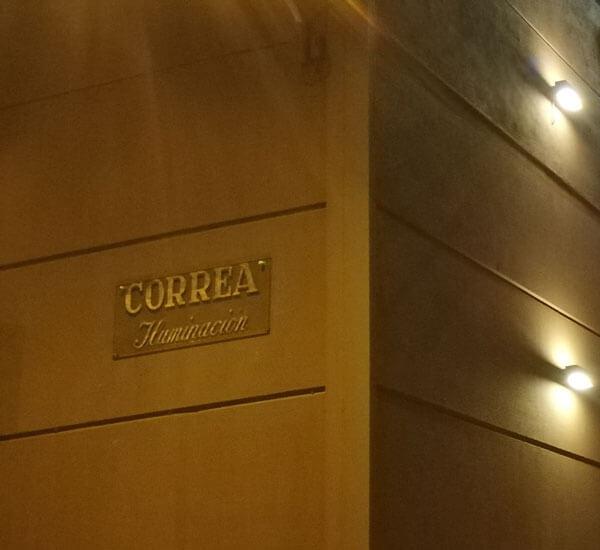 Fachada tienda Correa Iluminación